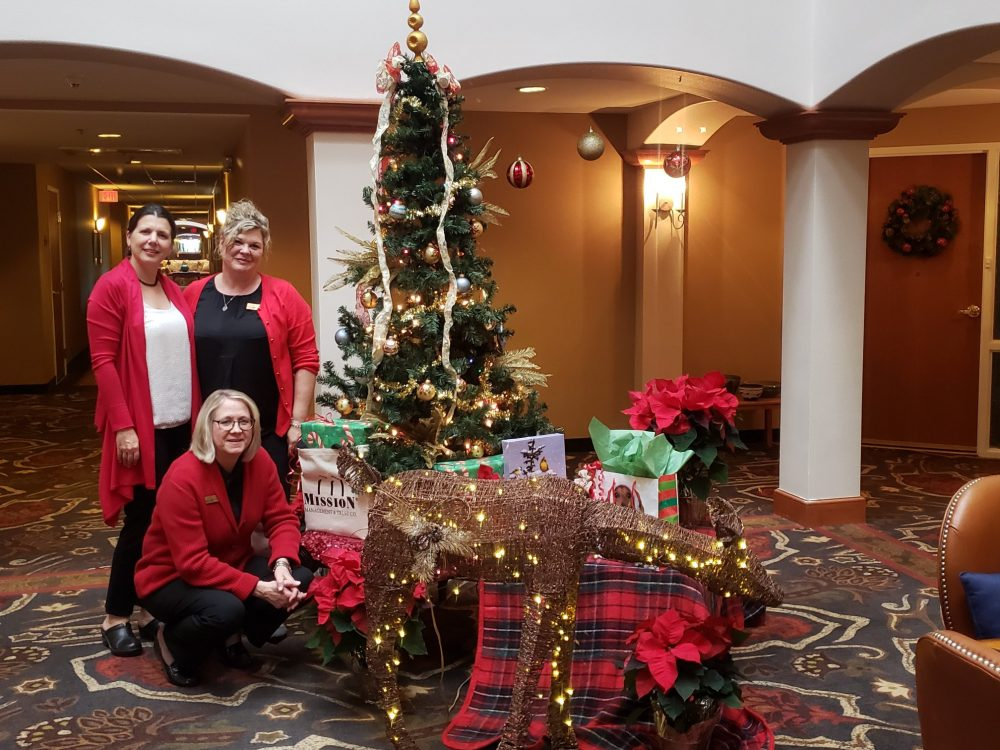 Holiday Cheer for Retirement Community